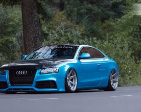 Audi A5 with Rohana RC7